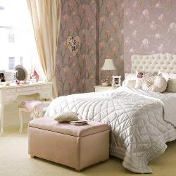 Bedroom in Chic Style