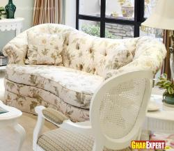 Sectional sofa in flower print for living room
