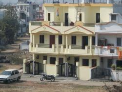 "3 BHK Duplex on plot 15"" x 40"""
