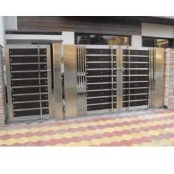 steel and wood fabricated gate