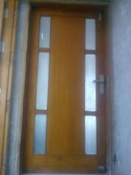 Entrance door design of door with glass inserts