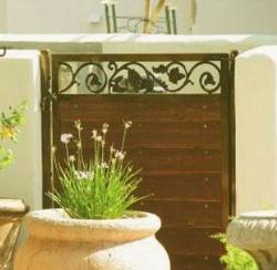 small size gate design for backyard
