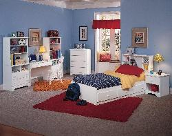 Spacious Teenagers Bedroom