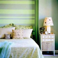 bedroom strips paint pattern in green