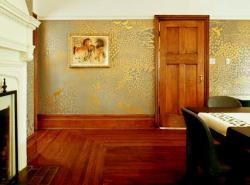 sponge paint design for wall decor