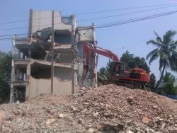 old building demolishing work
