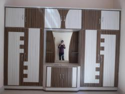 wardrobe designs for bedroom using laminates
