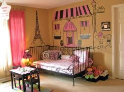 Girl's Paris Theme