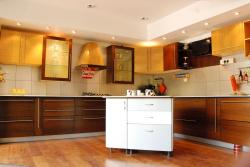 AMODA KITCHEN CABINET