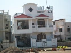 Duplex elevation picture with boundary wall design