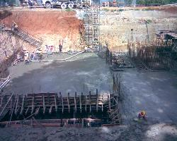 Slab concreting with pump (pipe line)