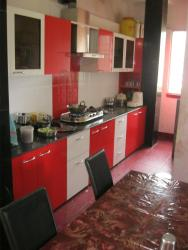 kitchen straight line in red and white