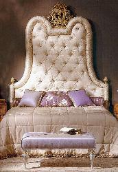 Exclusive headboard design for princess room