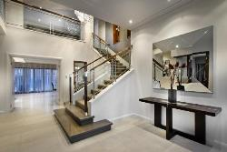 Large Foyer and Internal Stairs