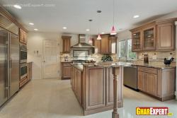 Large sized kitchen in woode with island and breakfast counter
