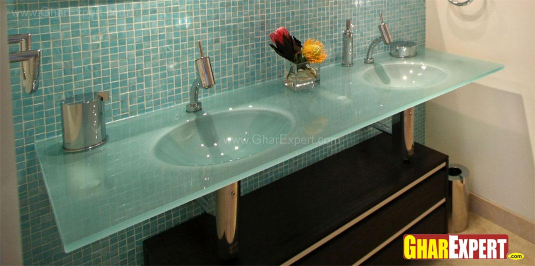 Bathroom accessories and moder....