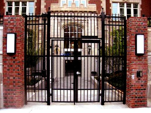 wrought iron gate design for f....