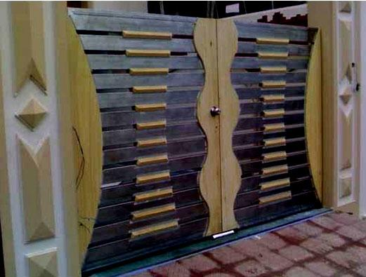 Main gate design in wood and i....