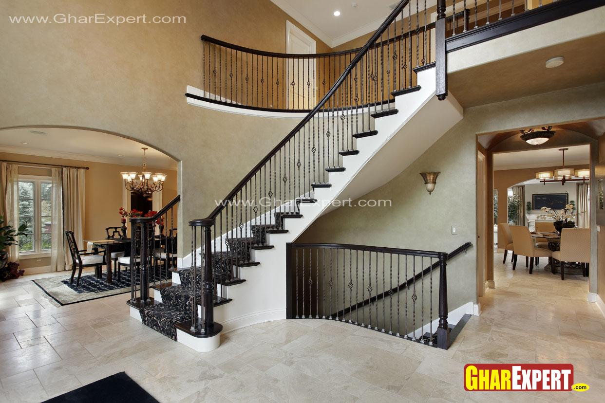 Curved stairs design near dini....