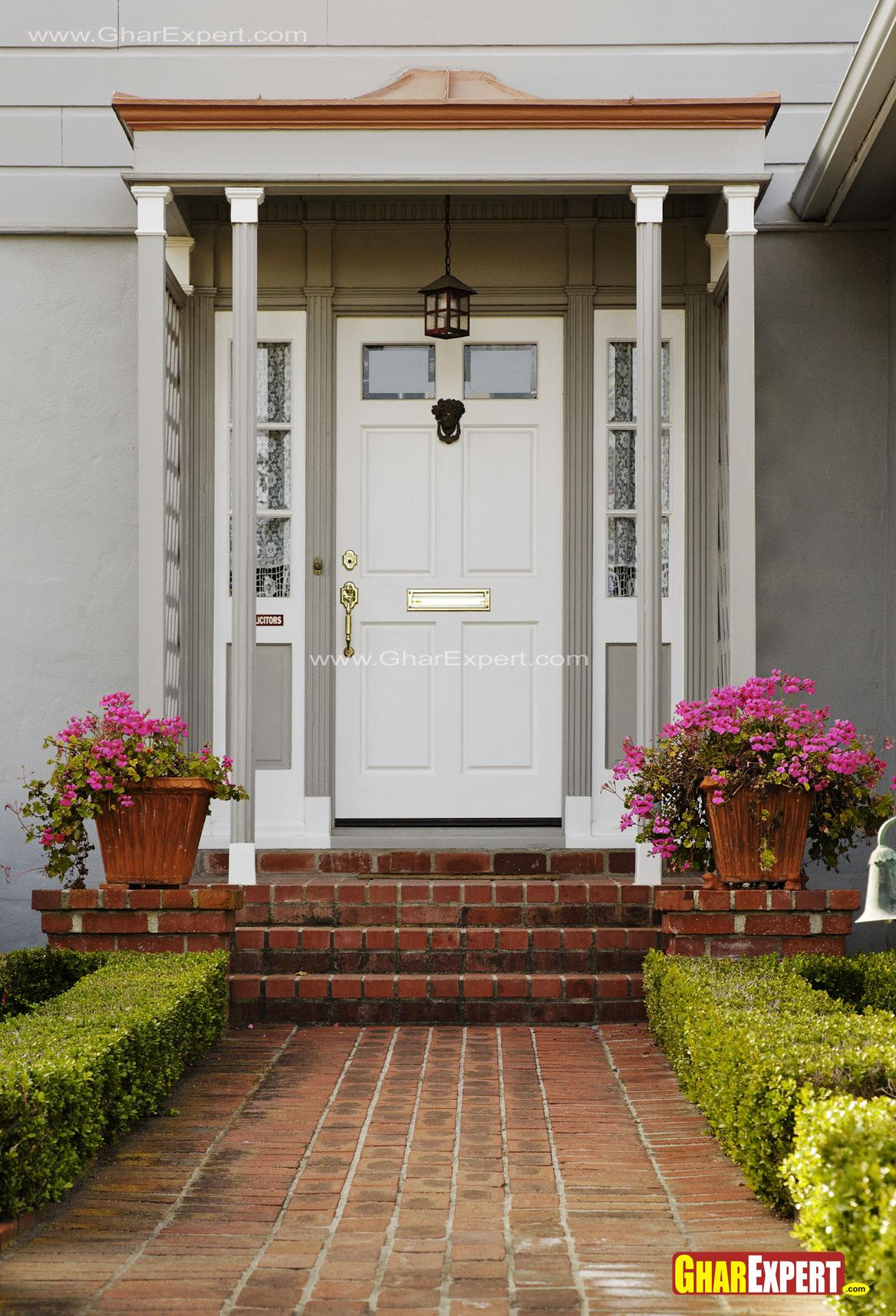 Victorian style main entrance ....