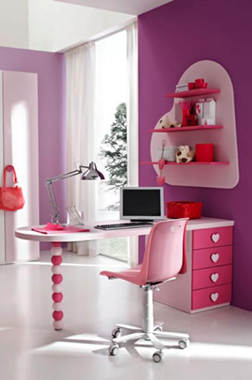 Stylish study Table for kids